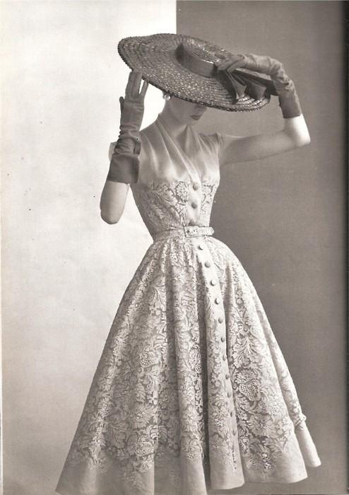 Christian Dior New Look shirtwaist dress 1950s fashion